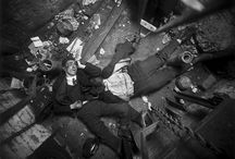 "Arthur Fellig ""Weegee"" / UCR/USA – 12 Giugno 1899 / 1968  – Fotoreporter"