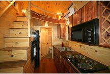 Tiny House / Vintage Camper Love / Small space living on the road