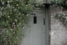 ❥ Grey Cottage