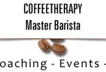 """Latte Art / İçecek sektörünün ihtiyacı olan uzmanlık ve deneyimi Dünya Standartlarında eğitim, yenilikçi yaklaşımlar ve Üçüncü Nesil Nitelikli Kahve demleme yöntemlerini sağlamak üzere çalışmalar yürütmektedir. """" Coffee Therapy """", her biri kendi alanında Uzman Master Barista Şefler önderliğinde gerçekleşen Profesyonel ve Amatör Barista eğitimlerinin yanı sıra kurumlara özel eğitimler de vermektedir."""