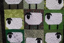 Love those quilts / by Monika Piasecki