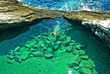 Amazing Natural Swimming Pools of the World / Isolated from nature elements where the water is contained as a pool seems to be a constructed swimming pool can makes you happy in a holiday time. Find out some of the amazing natural swimming pools of the world here in this special post. This is an option to make your summer vacation more cool and selectable.