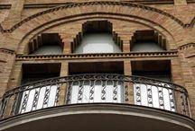 Edifici - Biblioteca Barceloneta - La Fraternitat / Antiga Cooperativa Obrera La Fraternitat del barri de la Barceloneta actualment seu de la Biblioteca Barceloneta-La Fraternitat