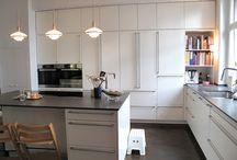 Bax küchen / Белые матовые немецкие кухни. Встроенный холодильник Gaggenau
