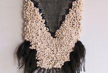 Tapiz-es / Un tapiz colgando de una pared es de las cosas más bonitas que se pueden tener en casa.