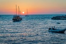 Steven Cox Instagram Photos Sunset in Oia tonight. #amoudibay #santorini #travel