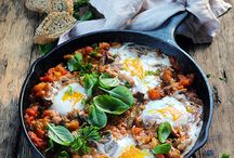 Aubergine / Quelle recette à l'aubergine allez-vous bien pouvoir cuisiner aujourd'hui ? Ce n'est pas compliqué, il vous suffit de piocher parmi toutes ces idées !