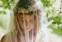 Bridal Fashion: Veils / Bridal veils of all lengths and photography ideas.