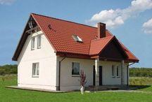 Projekt domu Miodowe Lata / Projekt domu Miodowe Lata jest dealny dla dużej rodziny. Okazały, solidny dom z salonem i pięcioma pokojami zaprojektowano z myślą o 4-6 osobowej rodzinie.