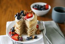 Breakfast and Brunch Recipes / A collection of breakfast and brunch recipes for lazy weekends or busy weekday mornings. From waffles, pancakes and oatmeal to donuts, smoothies and lots of eggs there's something for everyone! Breakfast, easy breakfast, fast breakfast, healthy breakfast, brunch, hearty breakfast, savory breakfast, sweet breakfast, group breakfast