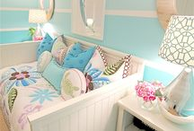 Nina's bedroom / Girls bedroom