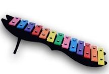 Educação musical / by Cristiane Avelar