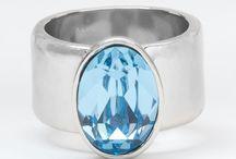 rings / by Yvonne Dean