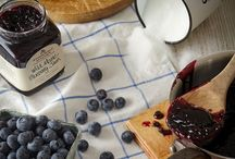 """#Tasteof25Years / What makes a Company Classic? """"They represent the earliest days at the farmers' market,"""" says Jonathan King, co-founder of Stonewall Kitchen. """"These are the tried-and-true products that represent us as a company."""" Our Company Classics are iconic products that not only represent our earliest days and the heart of our brand, but also our award winners and best sellers. Click through to each product to learn more about their history!"""