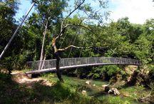 L'Argens Bridge / This 30m span pedestrian suspension bridge was designed to be very lightweight and low impact. Designer: Webb Yates Engineers/John Horton -  Photography: John Horton, Client & Webb Yates Engineers