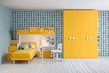 Παιδικά έπιπλα με κίτρινο χρώμα
