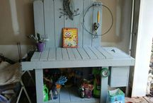 Home decor / Pallet potting bench