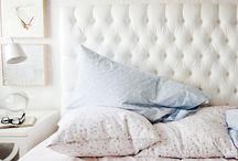 Bedroom / by Daphne Volk