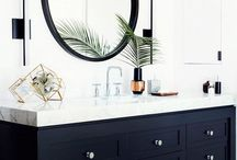 Bathroom (black and gold)