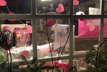 Little Luxuries' Window Displays / Photos of Little Luxuries store front window displays!