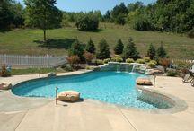 Gorgeous Pools / A Backyard Vacation!