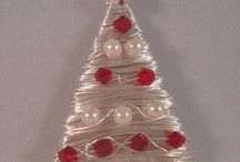 Holiday wire pieces