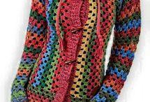 hackovane svetre