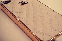 Chanel little things.