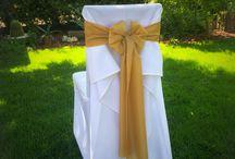Bérelhető félig szabott székszoknyák / Bérelhető félig szabott székszoknyák választható színű selyem masnival: http://www.oltarelott.hu/eskuvoi-webaruhaz/felig-szabott-szekszoknya-berles-valaszthato-szinu-selyem-masnival