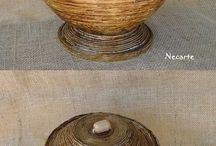 Papírfonás - tekerve (Coiled tube baskets)