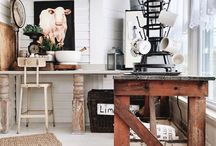 Farmhouse Style Homes, Decor, Furniture / Farmhouse style homes, kitchens, furniture, farmhouse decor, farmhouse design ideas, DIY's, and crafts