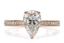 Ювелирные украшения / 1.97ct Pear Shaped Diamond Engagement Ring