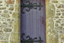 Door srolls