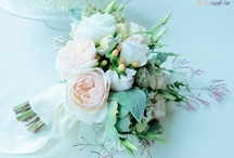 Gorgeous Wedding Photos / by WeddingLovely