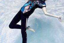 Underwater Fashion Photography / Underwater Fashion Photography