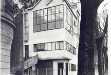 F.M. FAMOUS HOUSES