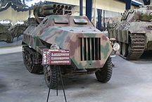 WW2 - PANZERWERFER 42 / Panzerwerfer 42 (PzW 42) – niemiecka opancerzona samobieżna wyrzutnia pocisków rakietowych Nebelwerfer z okresu II wojny światowej.