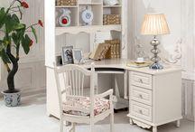 Рабочие столы / Список рабочих столов из каталога интернет-магазина мебели https://lafred.ru/catalog/Stoly/