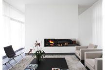 ✚ MODERN / strak · design · trendy · sterk · eenvoudige basis · rechte vormen · witte wanden · neutrale kleuren · minimalistische vormen · lijnenspel van meubels · kunst