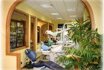 Deposito dental / Nuestras Oficinas y exposicion de equipos dentales