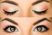 i like pretty makeup / by CATHY SHELTON