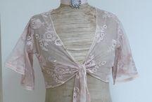 Jolis vêtements romantiques ! / Caraco, Cache-coeurs et Gilets sur www.lemondederose.fr