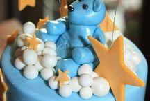 Babyshower / Hoe organiseer je een babyshower, wat zijn leuke cadeaus, hapjes & drankjes en spelletjes