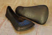1530's shoes