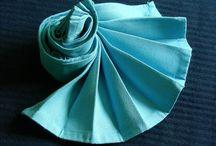 Napkins - Tovaglioli / Idee per decorare la tavola con l'arte dei tovaglioli. Napkins Folding