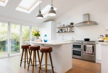 Stunning Rear Extension in Croydon / This stunning extension has transformed Ellie and Matthew's Croydon home, turning a kitchen and dining room which was cramped and dark into a modern, open-plan space filled with light.