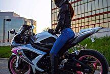 ženy a motorky
