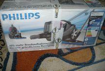 Aspirator fara sac PHILIPS PowerProExpert FC9723/09 / Aspiratorul fara sac PowerProExpert este o inovatie in domeniul. Cu un design modern si usor de folosit, acesta te va cuceri de la prima utilizare. Foarte eficient, produsul este dotat cu doua capete de aspirare pentru diverse suprafete. Produsul l-am primit pentru testare gratuita de la BuzzStore si Philips. Daca vrei si tu sa faci parte din echipa si sa fii selectat in campanii viitoare, acceseaza urmatorul link: http://buzzers.ro/invite/507d4f8d43852317e35363428f3a3f5a