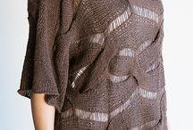 Knitting Blanche