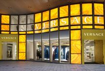 VERSACE REDESING THE FLAGSHIP BOUTIQUE IN HONG KONG CENTRAL